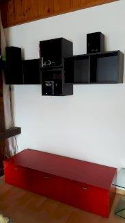 Sideboard, Gestell, Sitzhöcker und das Bettsofa