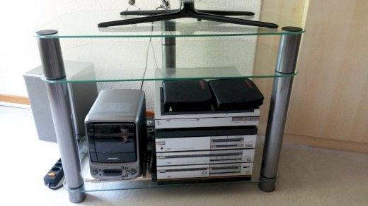 Eleganter Fernsehtisch/TV Möbel, Glas, robust, 1A Zustand - Gratisinserat.ch