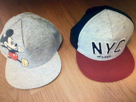 Zwei coole Sunnyboy-Caps Gr.68 und Gr.80 - Gratisinserat.ch