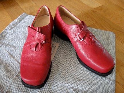 Trendig,sportliche Damen Leder Sneaker rot Gr.37,5 - Gratisinserat.ch