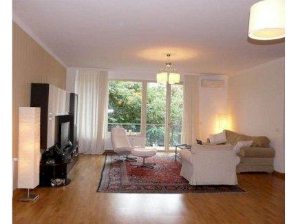 Geräumige Wohnung mit Tiefgarage 74 m²