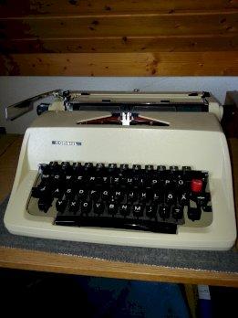 Mechanische Schreibmaschine Consul