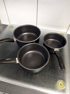 3 Stück Stielkasserolle Töpfe Pfannen - Gratisinserat.ch