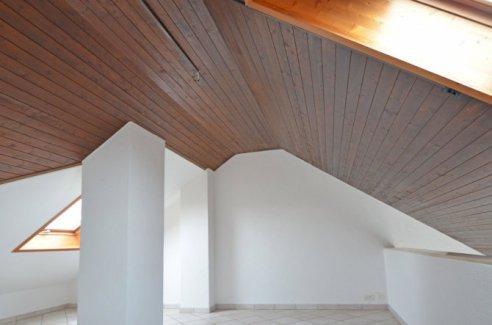 Sonnige 2,5 Zimmer Maisonette Wohnung zu vermieten - Gratisinserat.ch