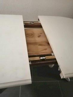Ausziehtisch mit 4 Stühlen - Gratisinserat.ch