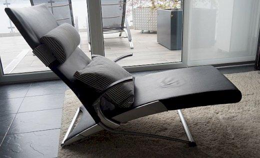 Designerliege X-Chair mit Ottoman - Gratisinserat.ch