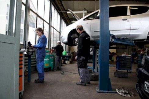 Automechaniker / Mechatroniker - Gratisinserat.ch