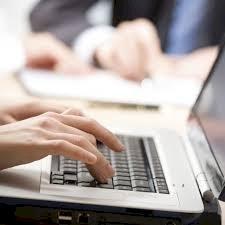 Kfm. Angestellte (KMU) - Drehscheibenfunktion (70-100 %)