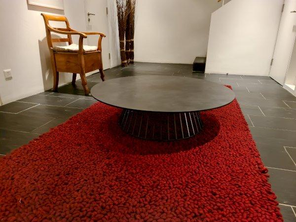 Design Club- Tisch (mit Auszeichnung)
