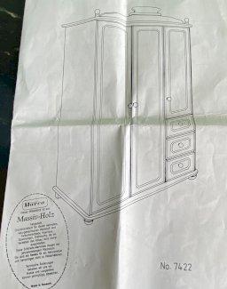 Kinderkleiderschrank massiv Holz (Möbel Pfister) - Gratisinserat.ch