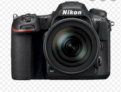 Nikon D500 mit Nikkor 18-300 - Gratisinserat.ch