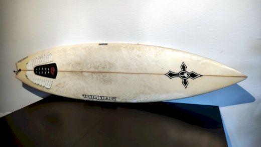 "Surfboard 62\"" Local Motion + Schutz-Socken - Gratisinserat.ch"