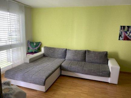 Sofa ausziehbar - 5 jährig - Gratisinserat.ch