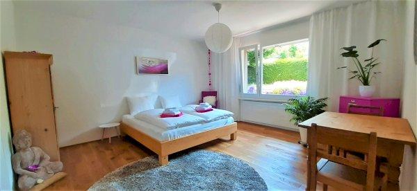 Steckborn: per sofort, Zimmer mit Bad für 4 Monate oder mehr zu vermieten, Fr. 1070.- plus NK 100.-