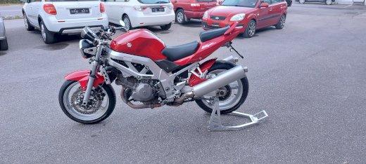 Motorrad Suzuki SV 1000 - Gratisinserat.ch