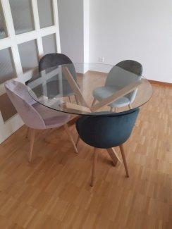 Runder Glastisch inkl. 4 Stühle - Gratisinserat.ch