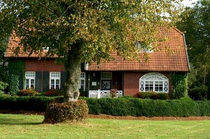 Haus mit Garten  - Gratisinserat.ch